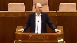 Slovenská justícia | Minister spravodlivosti SR Tomáš Borec legitimizuje marazmus justície