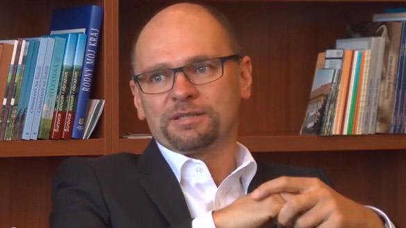 """Europoslanec Richard Sulík: """"Tam, kde chtějí USA zavést demokracii, nastává chaos"""""""