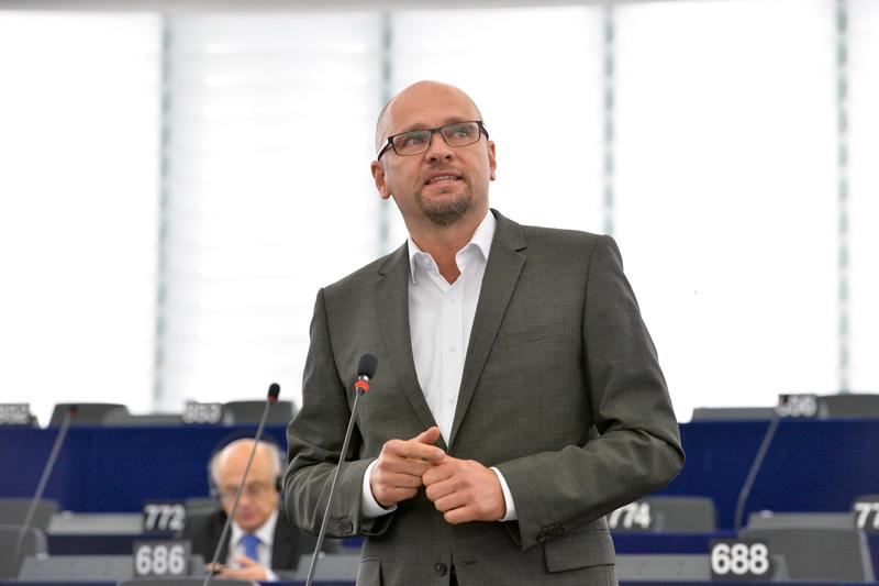 Plenárne zasadnutie v Štrasburgu 21.10.2014 – Vystúpenie Richarda Sulíka v rámci rozpravy Výsledky konferencie na vysokej úrovni o zamestnanosti v Európe (Miláno, 8. októbra).