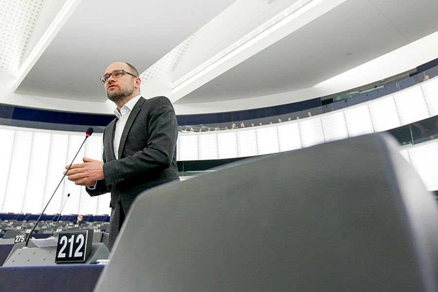 Štrasburg 9.6. 2015 – Vystúpenie Richarda Sulíka v europarlamente v rámci rozpravy k téme Vyšetrovania úradu OLAF (Európsky úrad pre boj proti podvodom).