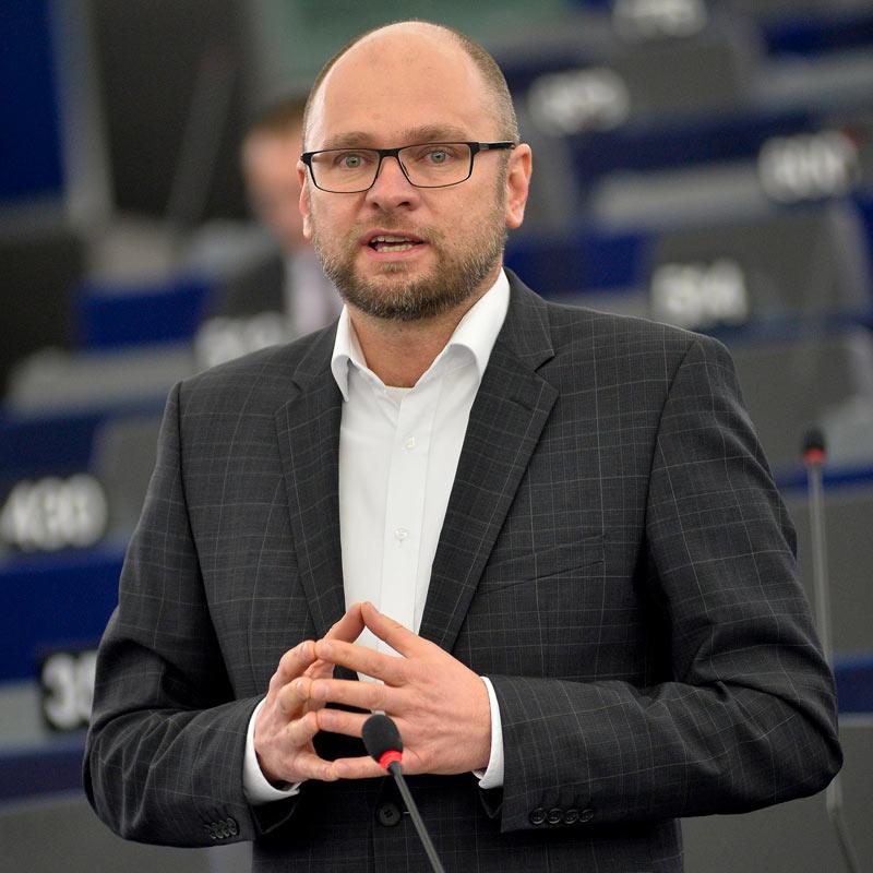 Plenárne zasadnutie v Štrasburgu 10.2.2015 – Vystúpenie Richarda Sulíka v rámci rozpravy Európska iniciatíva pre mládež (zmena nariadenia o ESF).