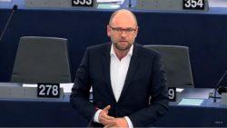 Pokuty za neprijatie utečencov – najabsurdnejší  návrh v histórii Komisie | Europarlament