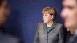 Merkelová izolovala seba aj Nemecko
