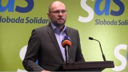 Pravicová vláda nevznikne a novej vláde hrozí odchod poslancov