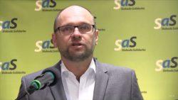 Ficove sociálne balíčky – najväčšia volebná korupcia v histórii Slovenska