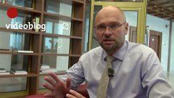 Zrušenie štátnych sviatkov zvýši životnú úroveň | Videoblog .týždeň