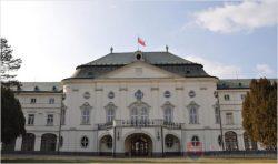 Hochštaplera hľadajte na úrade vlády