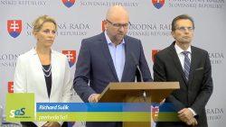Vládna kríza | Robert Fico hazarduje so Slovenskom