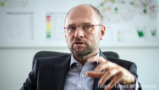 Predseda SaS Richard Sulík hodnotí župné voľby