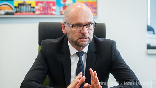 Merkelová ničí Európu a Nemecko - Richard Sulík