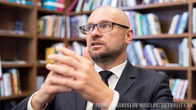 Milión ľudí v exekúcii - Richard Sulík