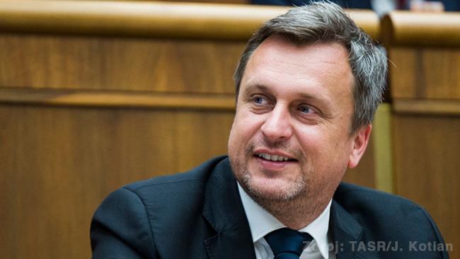 Andrej Danko - horalkový predseda parlamentu